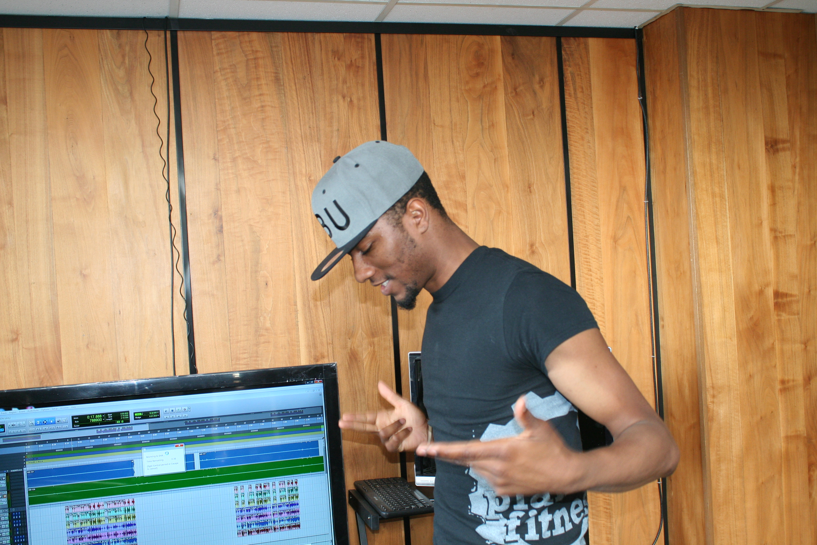 Shawty Slim In Old Studio (9)